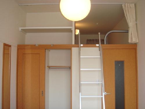 レオパレス富士 305号室のリビング