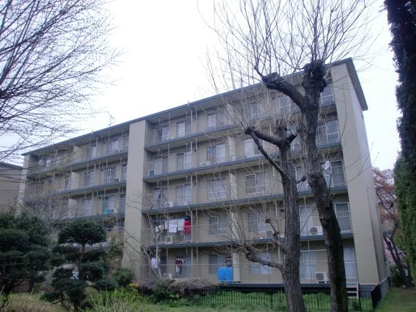 新狭山ハイツ28号棟外観写真