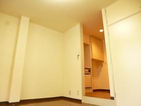 ブラウンバード 111号室のその他