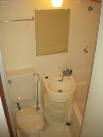 サンアベニュー獅子山 206号室のトイレ