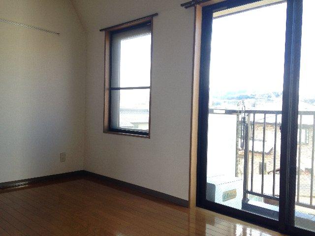 YSマンション 201号室のリビング