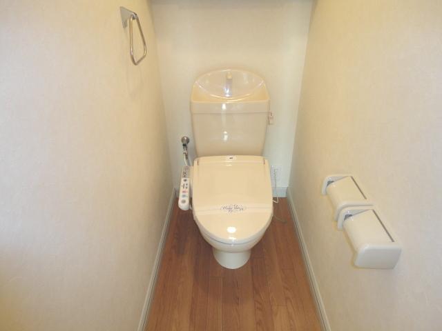プランドールK 105号室のトイレ
