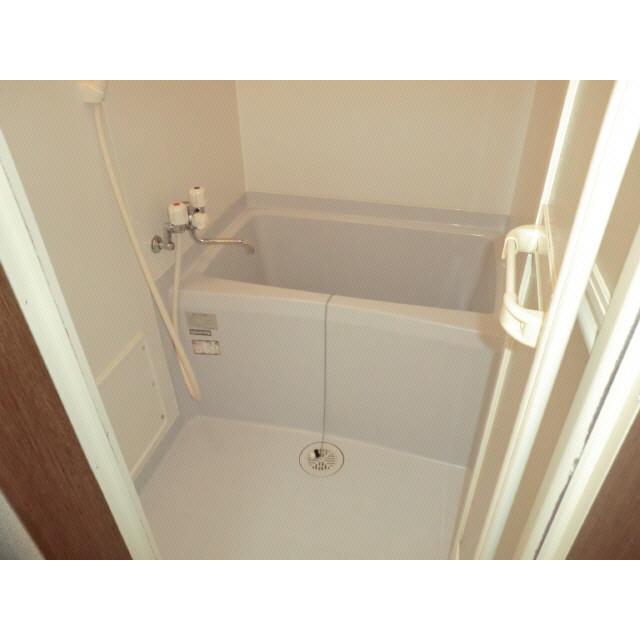 アンプルール ブワ Reve Ⅰ 203号室の風呂