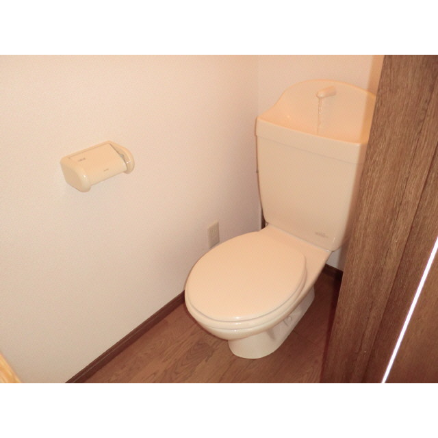 アンプルール ブワ Reve Ⅰ 203号室のトイレ