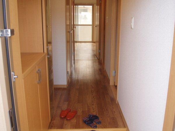 ディアコート 105号室の玄関