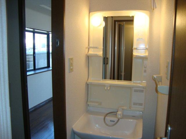 フローレンス大黒 101号室の洗面所
