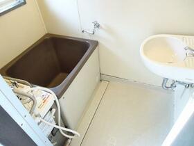 リリーハイム 102号室の風呂