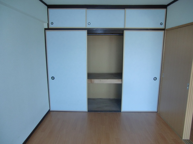 杉浦マンション 305号室の収納