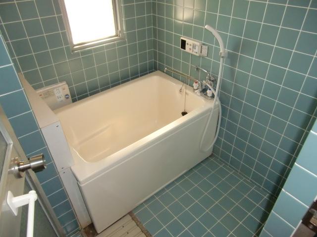 杉浦マンション 305号室の風呂