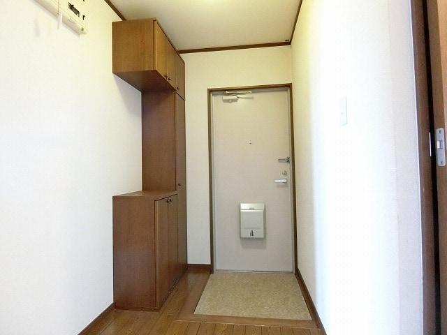 サンライズヴィラ 03030号室の玄関