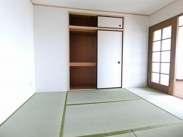サンライズヴィラ 03030号室の収納