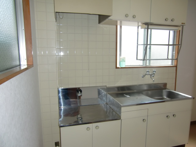アンシャンテ モリモト 203号室のキッチン
