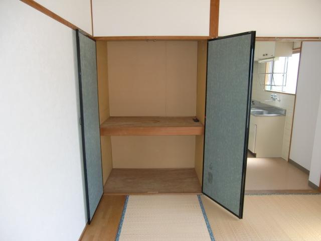 アンシャンテ モリモト 203号室の収納