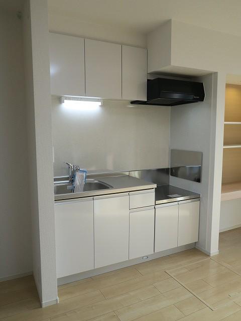 コンフォート東鶉 01010号室のキッチン