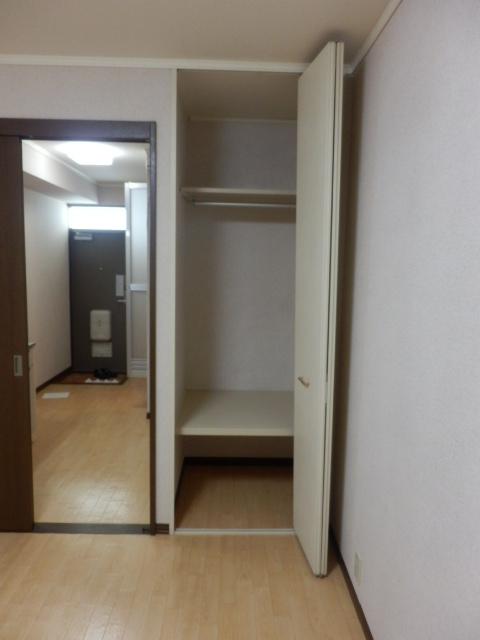 アンフルーヴ 102号室の収納