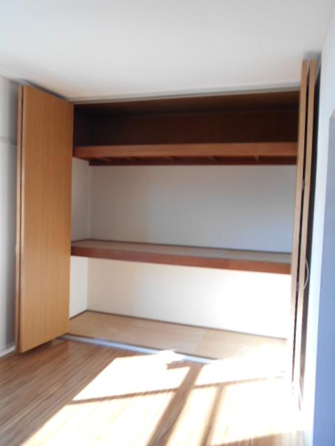 ジュネス藤 31号室の収納