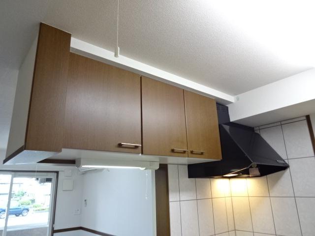 コンフォース鳩山 00103号室のキッチン
