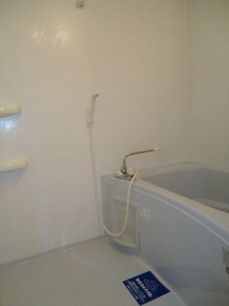 アンジェⅢ 201号室の風呂