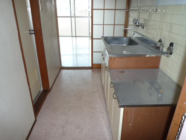 ハイツ堀田 503号室のキッチン