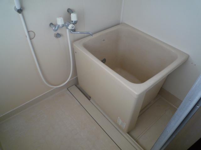 錦見コーポⅠ 201号室の洗面所