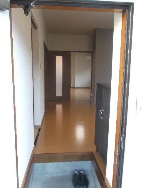 れいろうハイツⅡ 103号室の玄関