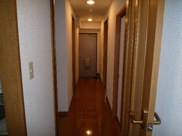 エステート15 203号室の玄関