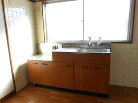 コーポ裾野B棟 305号室のキッチン