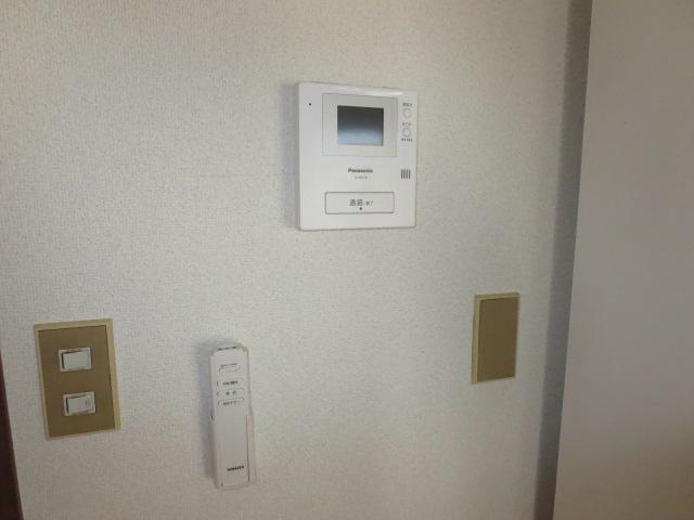 パークハイツ愛成 WEST 302号室のセキュリティ