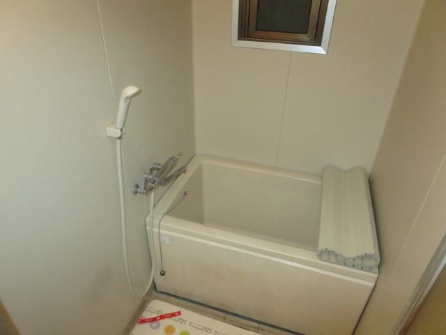 パークハイツ愛成 WEST 302号室の風呂