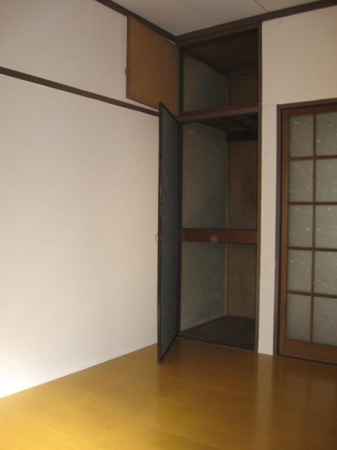 第一小峰荘 4号室のトイレ