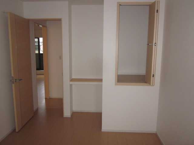 シャロン 02010号室の収納