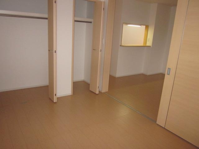 シャロン 02010号室のリビング