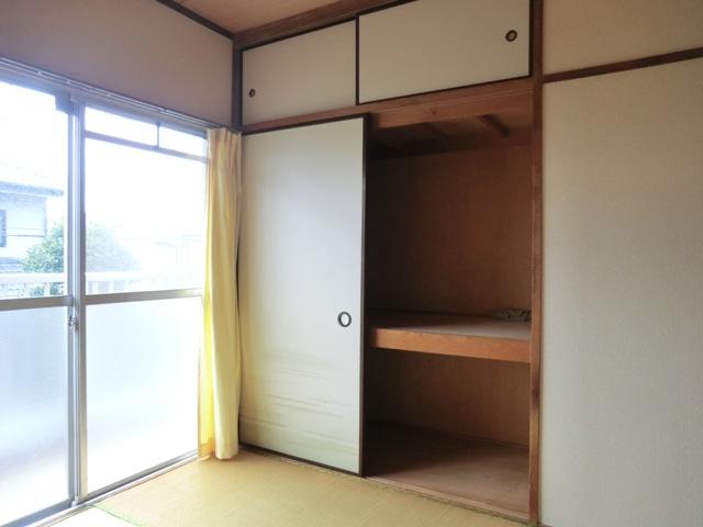 第1西形マンション 205号室の収納