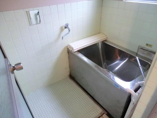 第1西形マンション 205号室の風呂