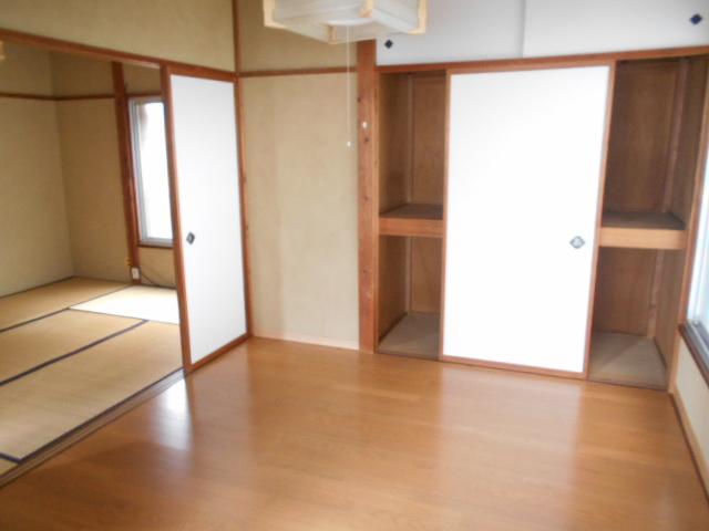 山口アパート 202号室のリビング