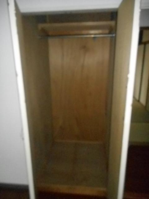 グランシャリオ竜南 103号室の収納