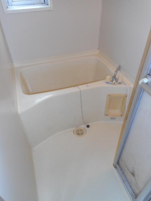 グランシャリオ竜南 103号室の風呂