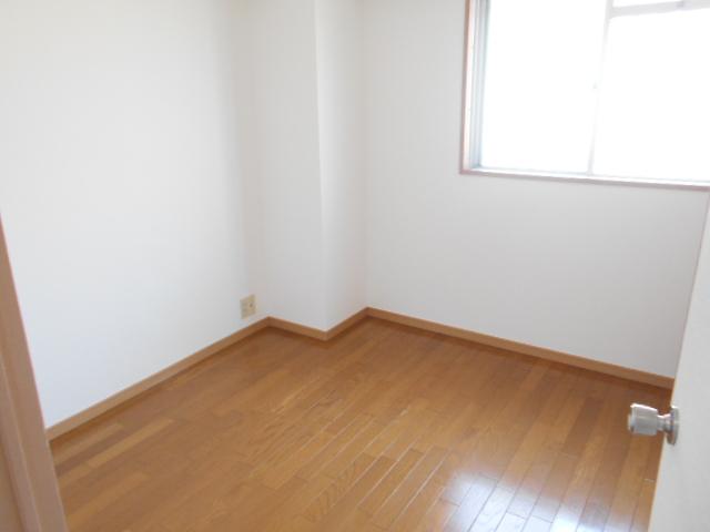 メゾンドール加藤 205号室の居室