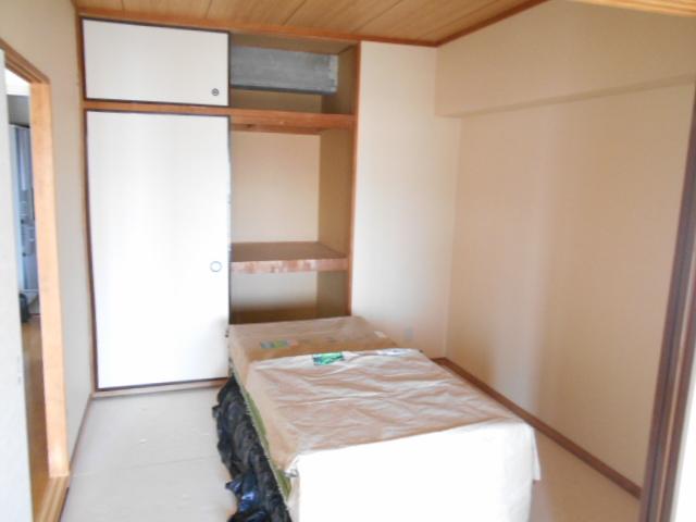 メゾンドール加藤 305号室のリビング