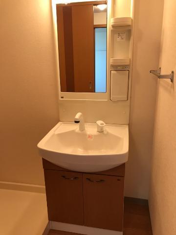 STELLA MARIS 202号室の洗面所