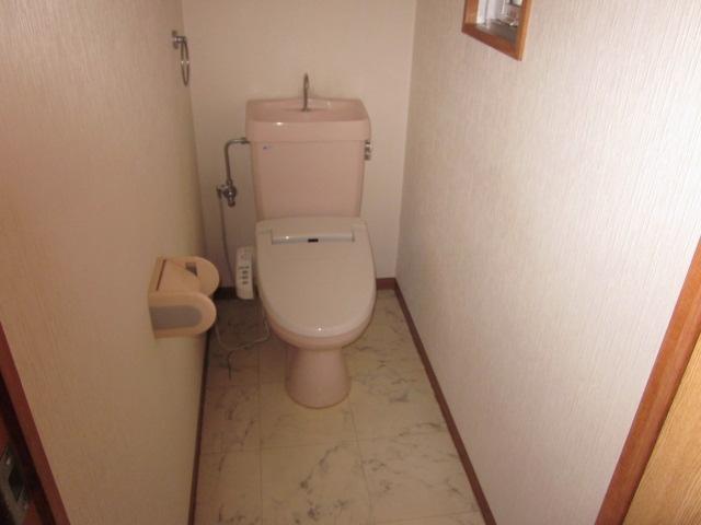 サンシャイン今伊勢 205号室のトイレ