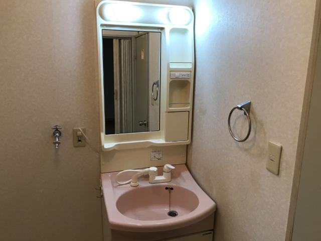 パークタウンⅠ 102号室の洗面所