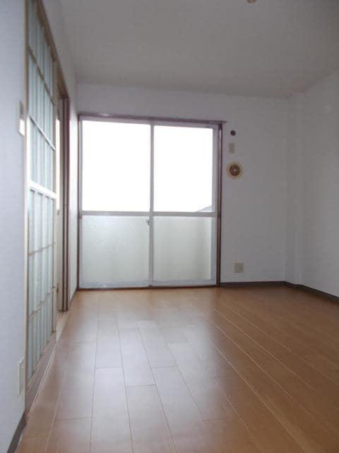 サンライズK'S 02030号室のリビング