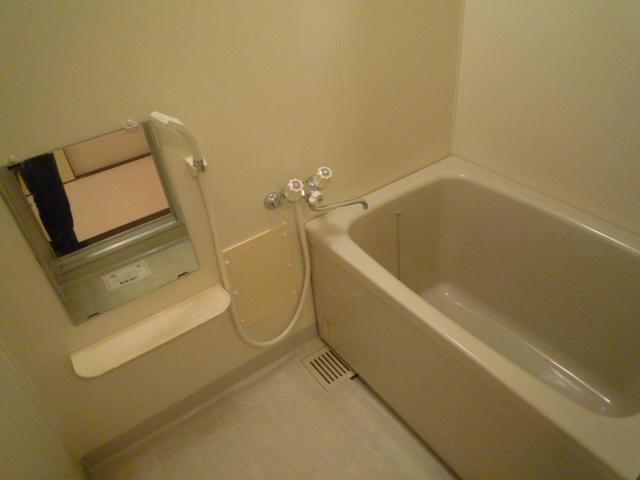 グランデージ堀 03040号室の風呂