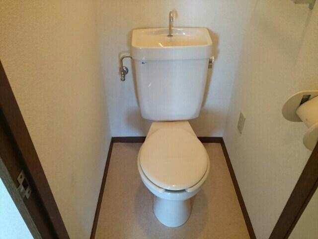 グランデージ堀 03040号室のトイレ