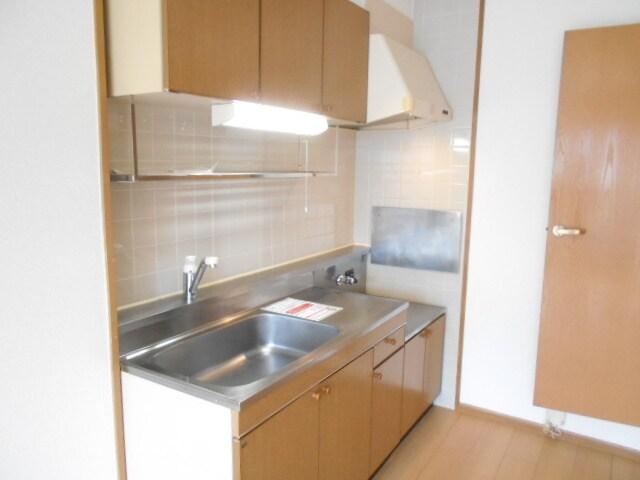 ローズマリーA 02020号室のキッチン
