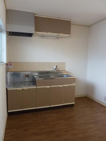 リバーサイド戸田A 102号室のキッチン