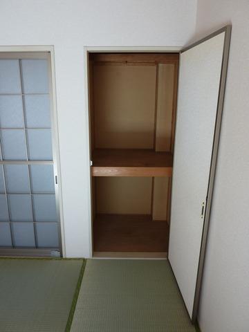リバーサイド戸田A 102号室の収納