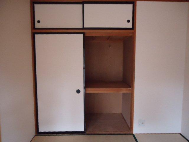 レインボー S・R 00101号室の収納