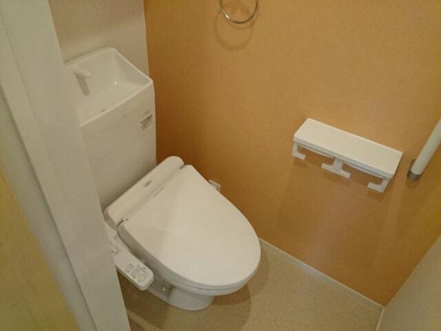 リヴェール・ピアⅠ 01010号室のトイレ
